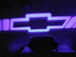 проектор заднего бампера chevrolet проекция логотипа на бампер