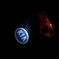 Штатная подсветка дверей KIA Sorento