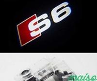 Штатная подсветка дверей AUDI S6